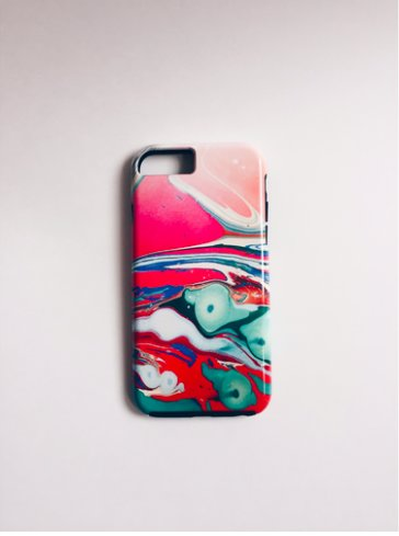 Molly phone case 1.png