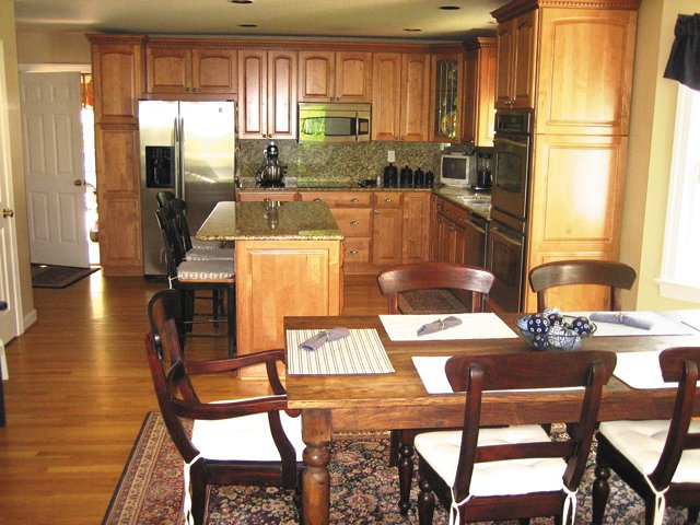 FeatureSpearing_kitchen-before_hp1115.jpg