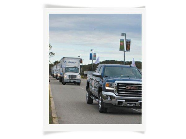 HiddenGems_TruckConvoy2_rp1215.jpg