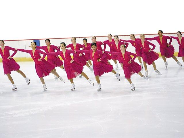 Datebook_Skating_ElizabethHaney_rp0116.jpg