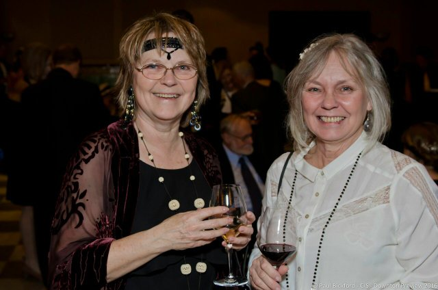 Patricia Morris and her sister by Paul Bickford.jpg