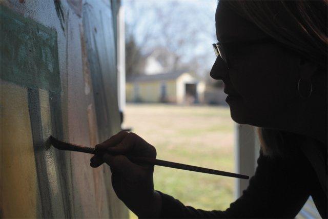 arts_laura_loe_painting_bigger_rp0316.jpg