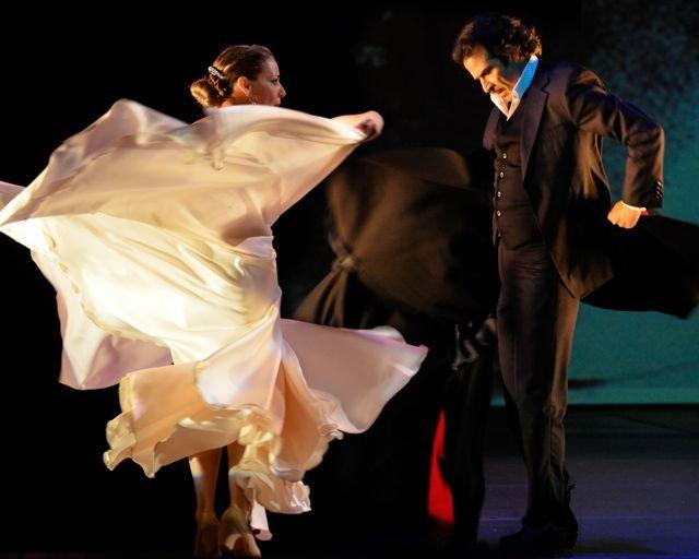 Poemas-Photo by Birgitte Dodd Tingley_Dancers Ana Ines King and Antonio Hidalgo_Ana Antonio 2.jpg