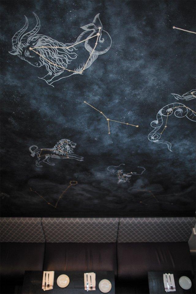 Dining_Review_Vagabond_mural_CHET_STRANGE_rp0416.jpg