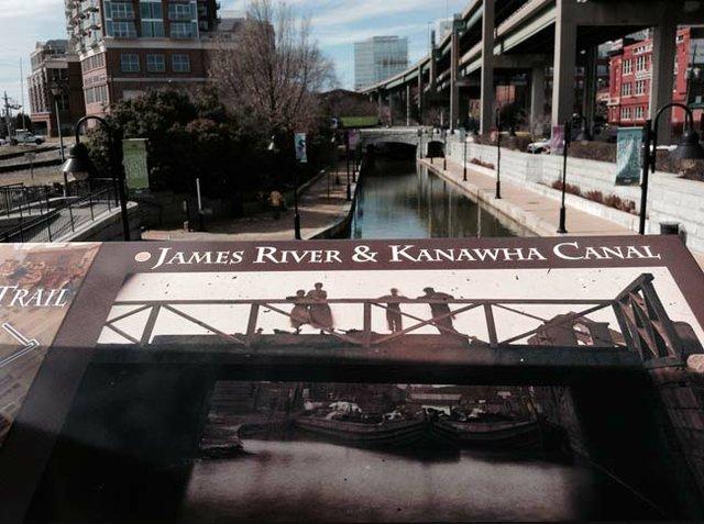 Faces Figures Bridge Canal.jpg