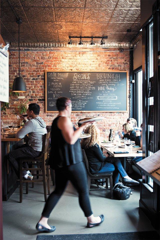 dining_review_nota_bene_pizza_tonight_BETH_FURGURSON_rp0616.jpg
