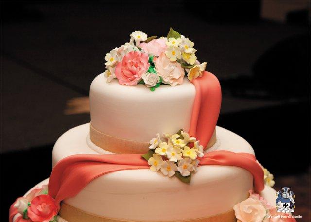 cake_graham_WENDELL_POWELL_bp0616.jpg