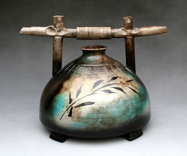 Lee Hazelgrove Pottery.jpg