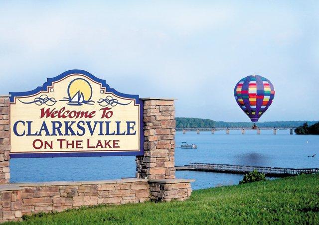 Living_Travel_Clarksville_Welcome_rp0716.jpg