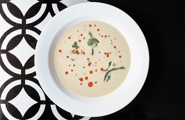 dining_review_kinsfolk_vichyssoise_ALEXIS_COURTNEY_rp0716.jpg
