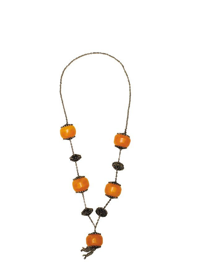 closets_saragossett_necklace_rp0716.jpg