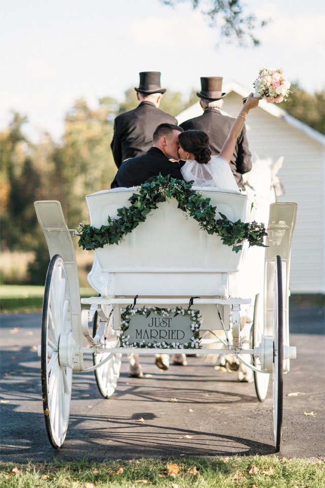 picture_perfect_carriage_SHANNON_HENNESSEY_bp0615.jpg