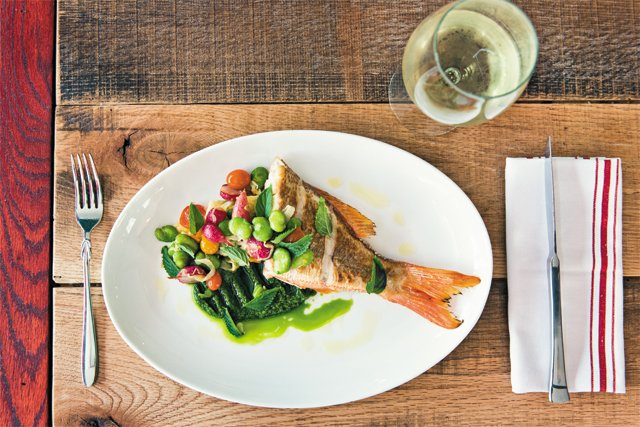 dining_review_lucca_enoteca_snapper_BETH_FURGURSON_rp0816.jpg