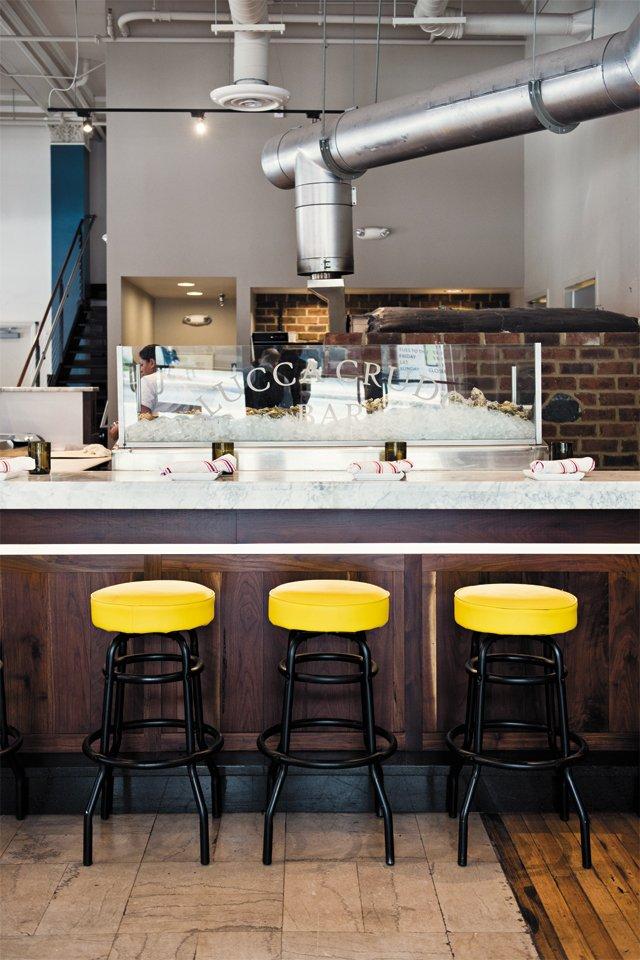 dining_review_lucca_enoteca_interior_BETH_FURGURSON_rp0816.jpg