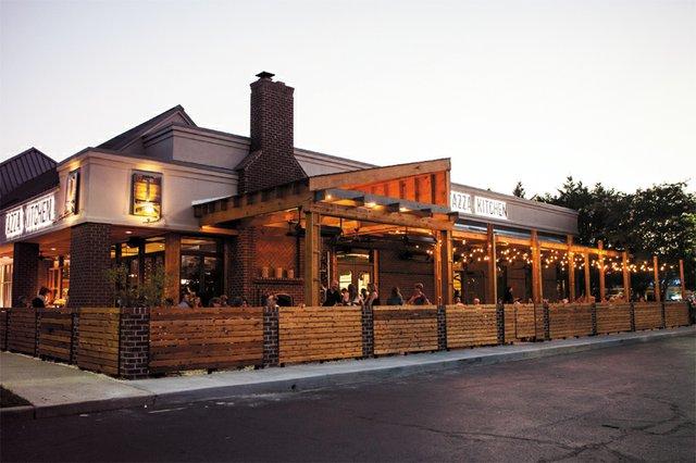 BestRestaurants_Tazza_exterior_rp0114-2.jpg
