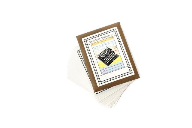 Living_Style_typewritercards_juliannetripp_rp0816.jpg