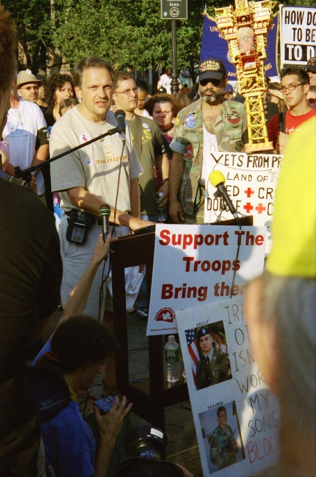 NYC protest Sept 2004.jpg