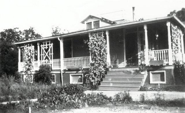 home-whitehead-1930exterior.jpg