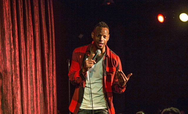 Marlon-Wayans-photo-by-Roc-Perry.jpg