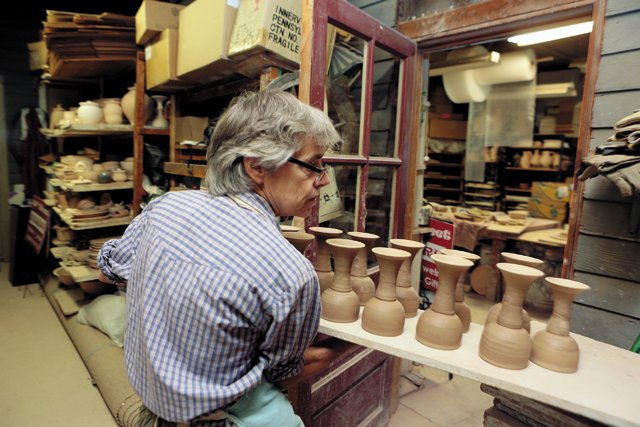 maker_pottery_cage_rp1016.jpg