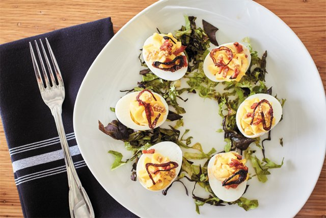 dining_upper_shirley_deviled_eggs_ALEXIS_COURTNEY_rp1016.jpg