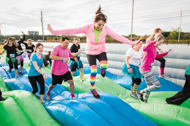 A&E_Datebook_Bounce_5k_TOWNSQUARE_MEDIA_rp1016.jpg