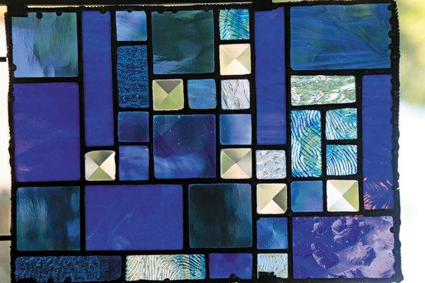 maker_stained_glass_geddess_detail_rp1016.jpg