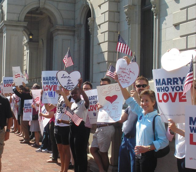 local_lgbt_marriagerally_Courtesy_Equality_Virginia_rp1016.jpg