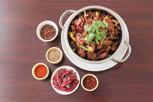 dine_chefs_cheng_du_pork_ribs_dry_pot_KIM_FROST_dp1016.jpg