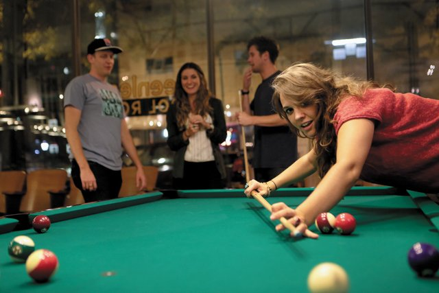 bar_guide_greenleafs_pool_jay_paul_rp1116.jpg