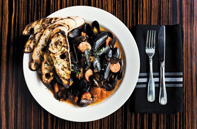 Dining_Review_Belle&James_Mussles_FURGPHOTO_rp1216.jpg