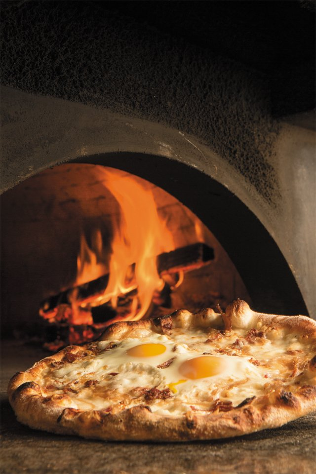 pizza_tazza_JAY_PAUL_rp0117.jpg