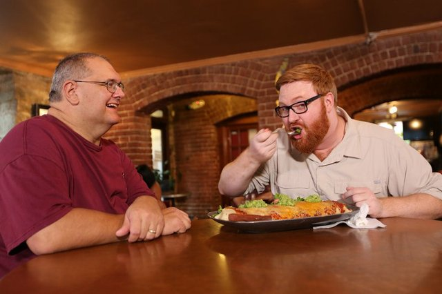 rsz_baja_bean_company_owner_and_chef_jeff_allums_grins_as_host_josh_denny_takes_a_ginor.jpg