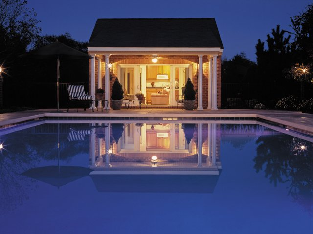 Outdoor-Living_Twilight-Poolhouse_Courtesy-Lane-Homes-&-Remodeling_rp0217.jpg