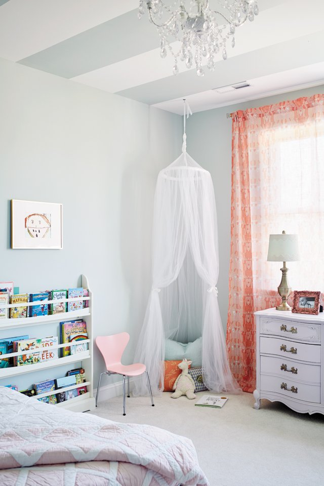 feature_hallsley_08_Daughters_Bedroom_042_ALEXIS_COURTNEY_hp0117.jpg