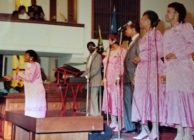 IngramettesCedarSt.BaptistChurch1980s_courtesy-Joy-Harris.jpg