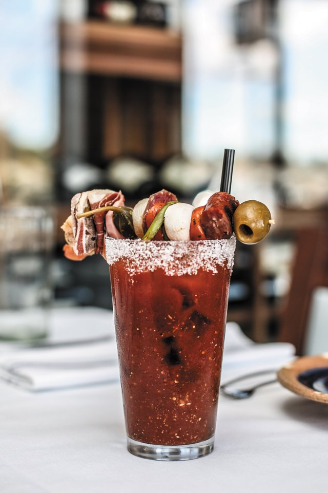 Dining_Review_Shagbark_bloodymary__JUSTIN_CHESNET_rp0517.jpg