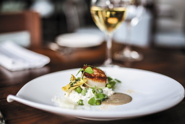 Dining_Review_Shagbark_butterscallops__JUSTIN_CHESNET_rp0517.jpg