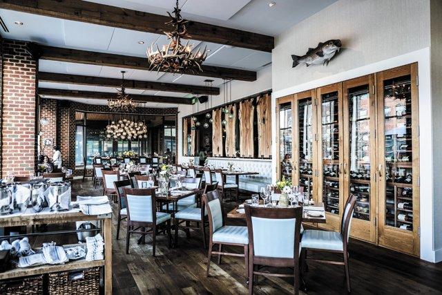 Dining_Review_Shagbark_interior__JUSTIN_CHESNET_rp0517.jpg