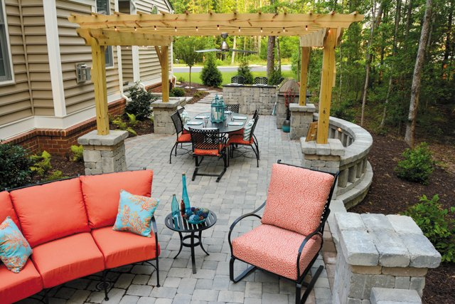 features_landscaping_7_hp0517.jpg