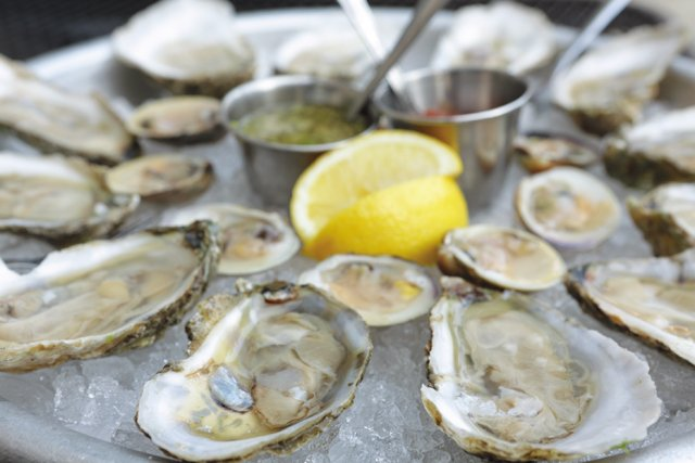 CheapEats_RappSession_Oysters_rp0517-.jpg