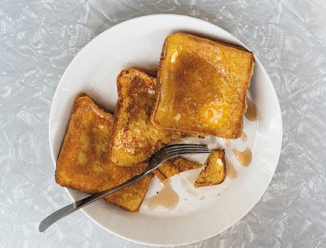 CheapEats_Breakfast-french-toast_BettyClicker.jpg