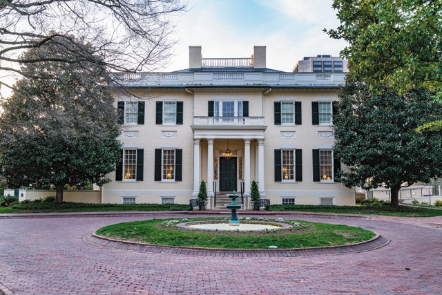 local_virginiaexecutivemansion_ThinkstockPhotos-664668420_rp0617.jpg