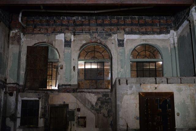 Bank_inside2.jpg