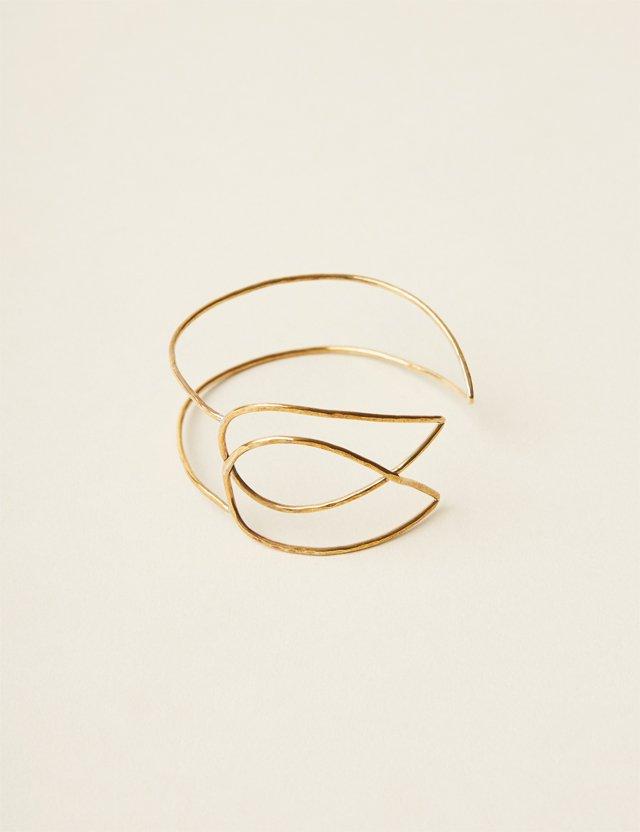 fob_accessories_042017_RB_Bracelet_012-copy_ALEXIS_COURTNEY_bp0617.jpg