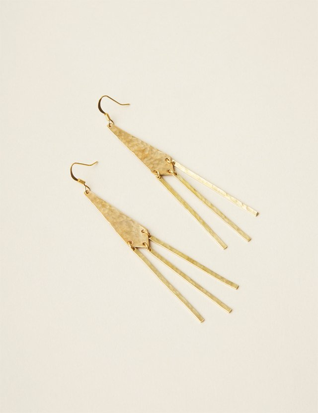 fob_accessories_042017_RB_Earring_012_ALEXIS_COURTNEY_bp0617.jpg