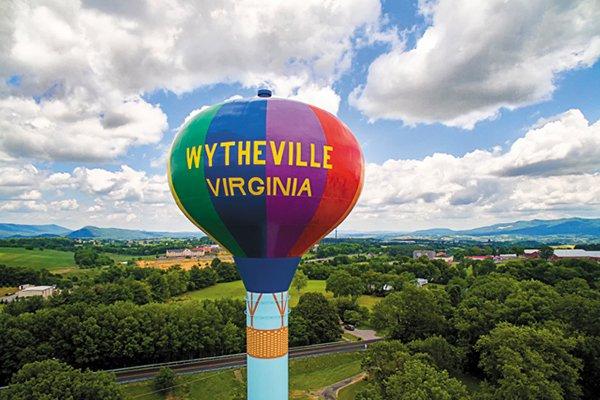 living_travel_wytheville_wythesville_MARKSOTO_rp0717_teaser.jpg