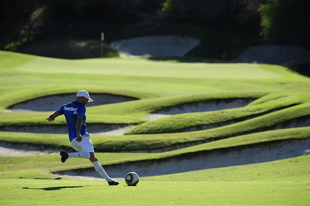 FootGolf_Player_wikimedia-commons-JuanMFernandez2000.jpg