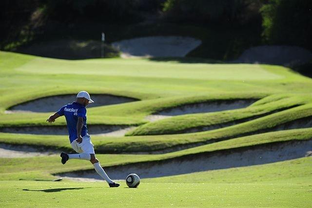 FootGolf_Player_wikimedia-commons-JuanMFernandez2000.jpg