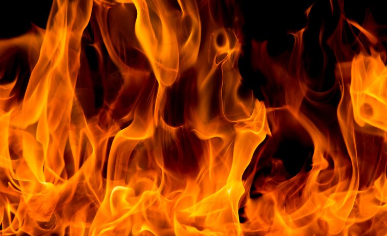 flames_grafoto-ThinkstockPhotos-494376856.jpg
